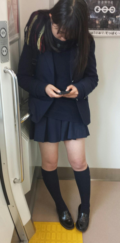 電車通学女子高生画像掲示板